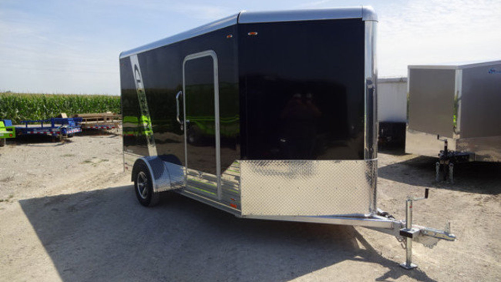 Bluewater Trailers Double Car Trailer 24 Foot Gooseneck Flatbed Aluminum Enclosed 567 Wide